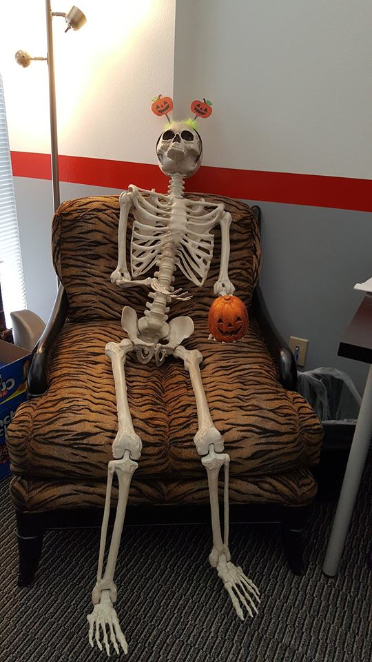 skeleton-tiger-chair
